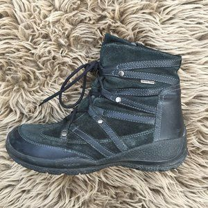 Geox black leathe ankle boot - size 37